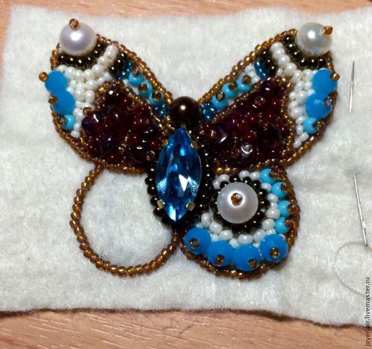 Бабочки из бисера со схемами фото 48